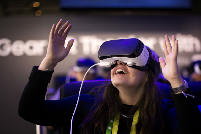 7 Best Phones for VR Experience 2021 [UPDATED]